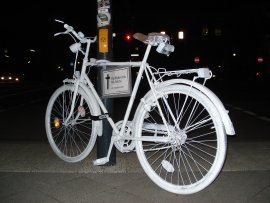 Unnamed Straße des 17. Juni ghostbike